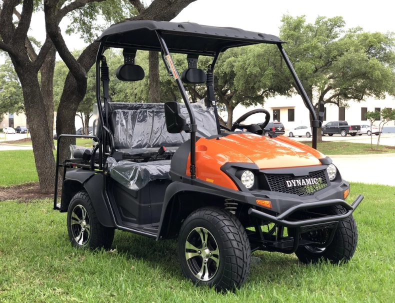 Fully Loaded Cazador OUTFITTER 200 UTV